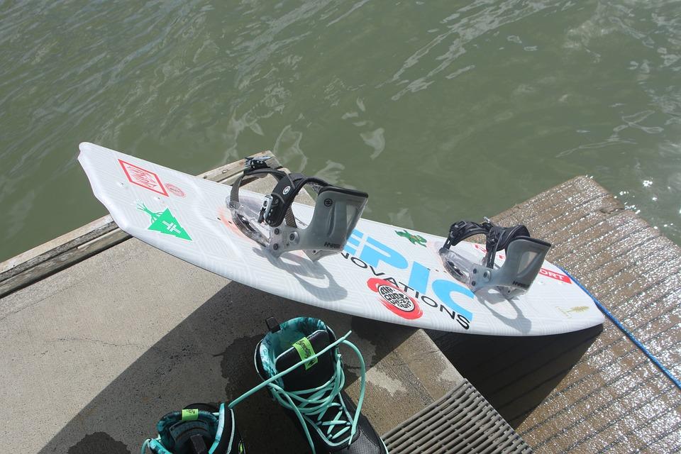 Les différentes chausses de wakeboard